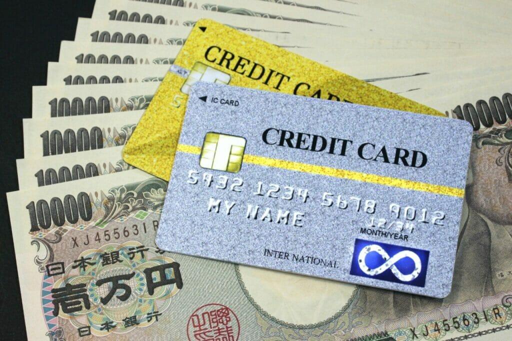 クレジットカードよりも支出の管理が非常に楽なデビットカード