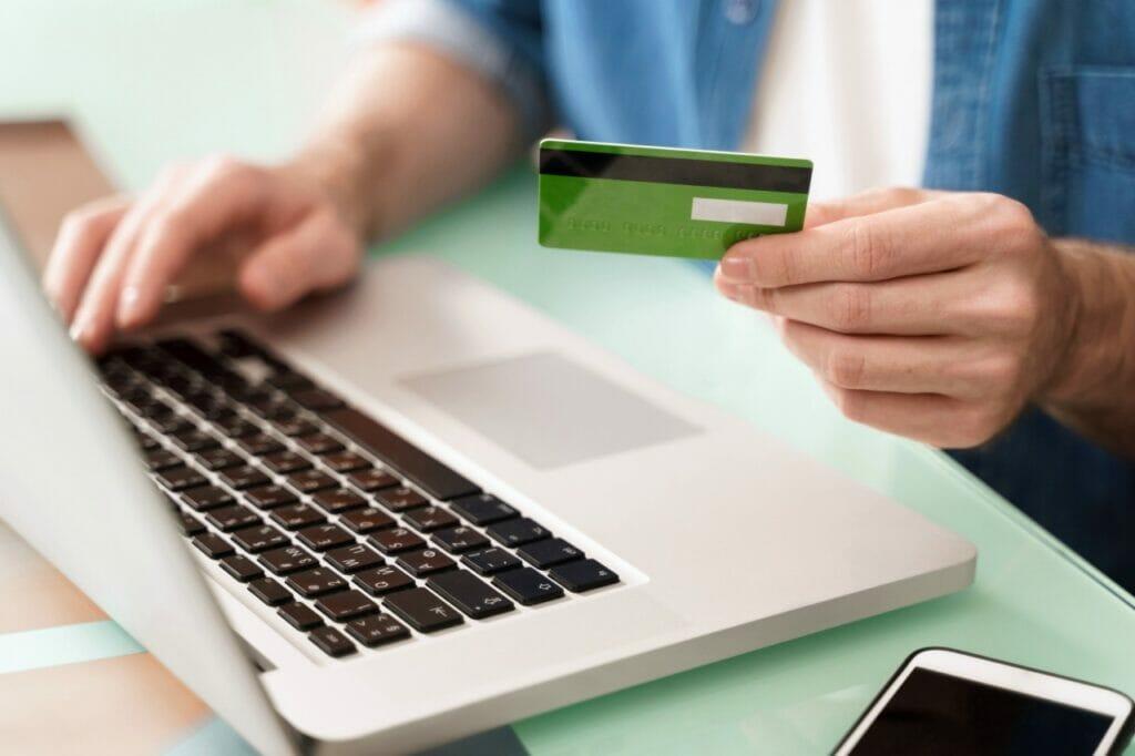 ミニマリストにおすすめしたいメインのクレジットカードの条件