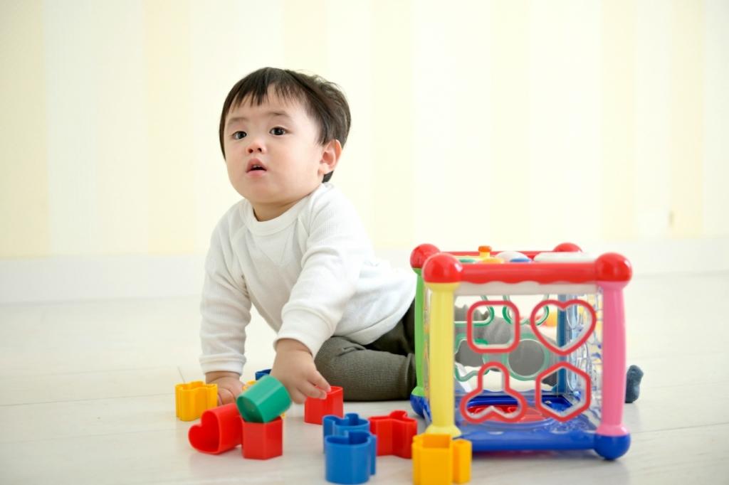 おもちゃは整理しすぎない!子供の脳の発育に影響を及ぼす